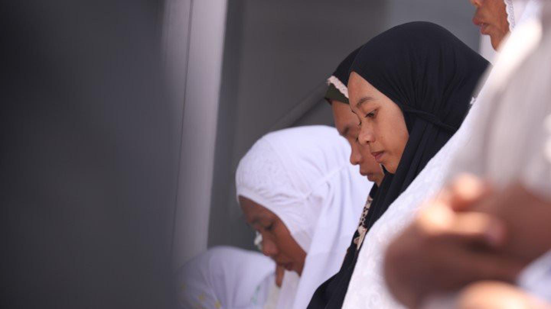 Ini Hukum Melaksanakan Shalat di Tempat Ibadah Non-Muslim