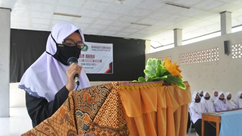 Hana Putri Aisya, Santri dari Tulungagung Pemenang Sayembara Literasi Tebuireng