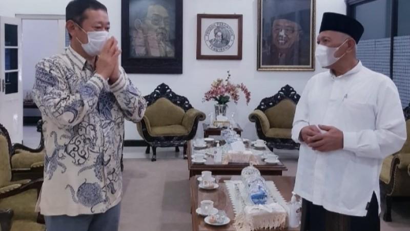 Kunjungi Tebuireng, Konjen Jepang di Surabaya Infokan Beasiswa Santri