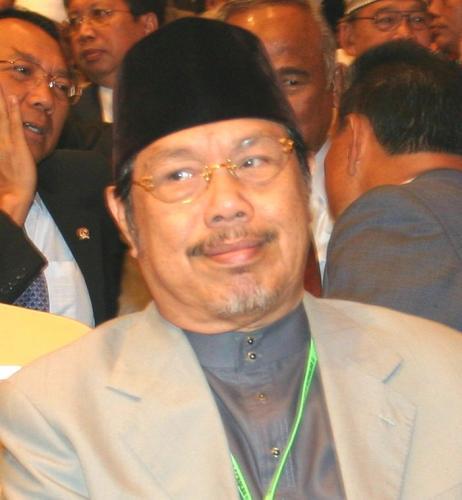 KH Tolchah Hasan akan Dikukuhkan sebagai Profesor