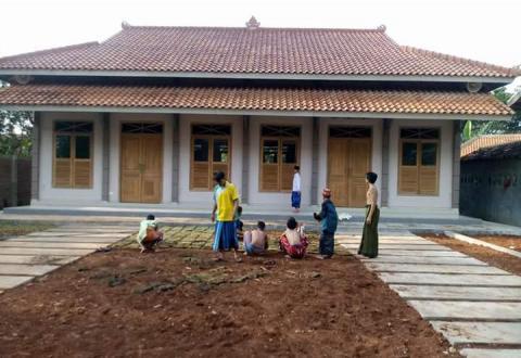 Tradisi 'Roan' Membangun Karakater Santri