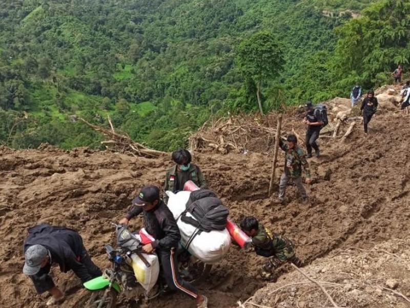 Perjalanan Banser Kirim Bantuan ke Desa Terisolasi Pasca-Gempa Sulbar