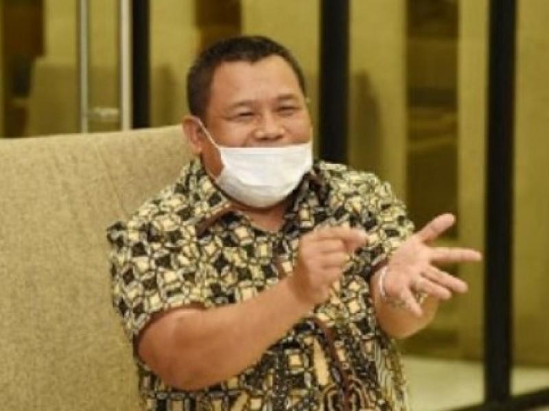 Wakil Ketua Komisi XI Desak Pemerintah Hentikan Semua Proyek Selain Penanganan Covid-19