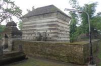 Mengunjungi Makam Siti Fatimah Binti Maimun