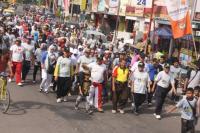Luncurkan Radio, Pesantren An-Nawawi Gelar Jalan Santai
