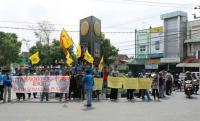 Peringati Hari Buruh, PMII Bojonegoro Turun ke Jalan
