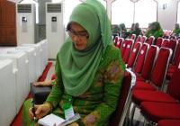 Kenapa Istri Wagub ini Senang Aktif di Muslimat NU?