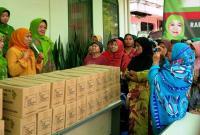 Muslimat NU Salurkan Ribuan Paket Sembako