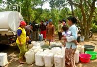 LPBI NU Mojokerto Bagikan Air Bersih di Lereng Penanggungan