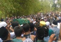 Masjid Sunan Kalijaga Tak Mampu Tampung Pelayat