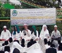 Warga Banjar Gelar Sholat Ghaib dan Istghotsah untuk Korban Mina 2015