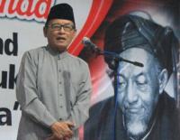 Puisi Resolusi Jihad Zawawi Imron Bangkitkan Semangat Pemuda