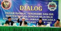 Kiai Kampung dan Pemuda di Jombang Nyatakan Sikap Antiradikalisme