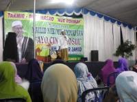 KH Anwar Zahid: Kenapa Sahabat Nabi Tak Merayakan Maulid?