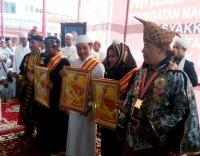 Tiga Pengasuh Pesantren Zaha Dapat Gelar Kebangsawanan