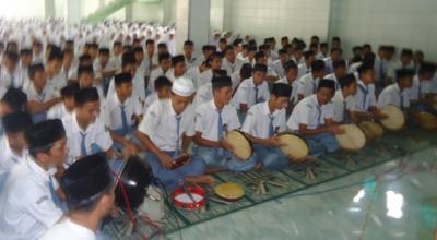 40 Tim Hadrah Al-Banjari Se-Jatim Unjuk Kebolehan di Masjid As-Sa'adah