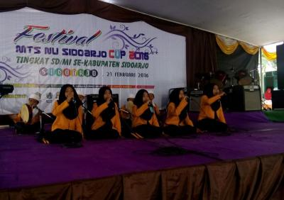 MTs NU Sidoarjo Jaring Pelajar Berprestasi di Festival Cup Tingkat MI dan SD
