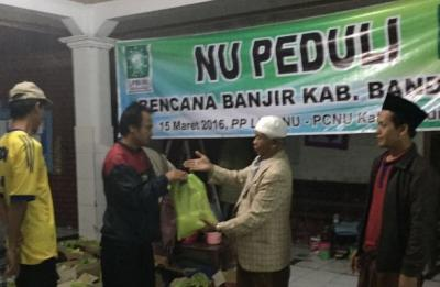 LPBINU Bantu Korban Banjir di Bandung