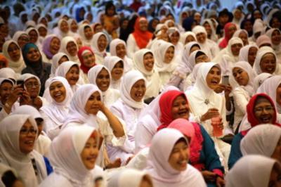 Muslimat NU Kaliori Siapkan Dapur Umum untuk Pendidikan Banser