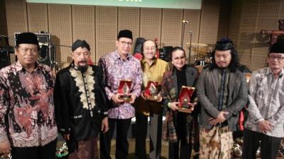 Lesbumi Beri Anugerah Saptawikrama untuk Pelopor Seni di NU