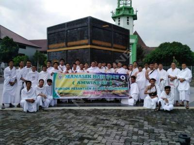 Santri Windan Meriahkan Harlah NU dengan Manasik Haji