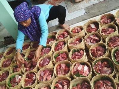 PBNU Imbau Penyelenggara Kurban Tidak Pakai Plastik untuk Distribusi Daging