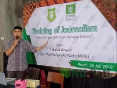 PMH Al-Kautsar Pati Gembleng Santri Jurnalistik Modern