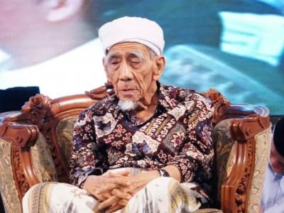 Sepekan WafatnyaKiai Maimoen, Gusdurian Gelar Khatmil Qur'an