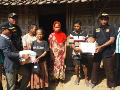 PMII Kota Depok Salurkan 11 Kambing, Ansor Jambon Bagikan Daging ke Pelosok Desa