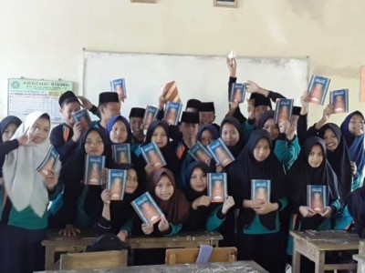 Madrasah Ini Peringati Kemerdekaan dengan Lomba Baca Kitab