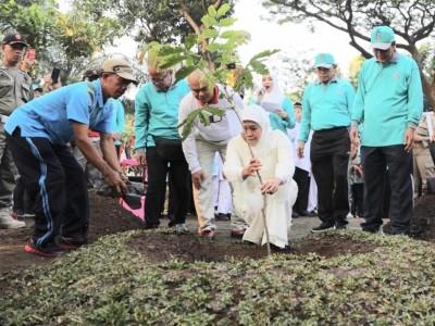Gubernur Khofifah Harap Persaudaraan Jatim dan Papua Tumbuh Subur