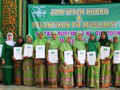 Ribuan Jamaah Jamiyah Kubro Hadiri Pelantikan Muslimat NU di Sidoarjo