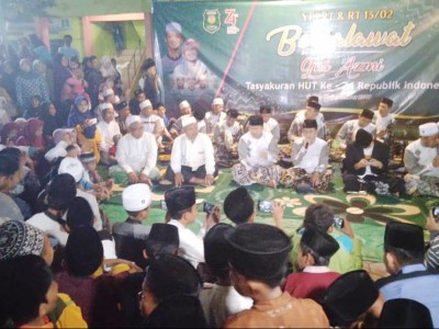 Shalawat Kemerdekaan, Gus Azmi Sihir Santri Bojonegoro