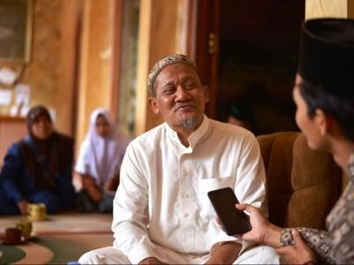 Belajar dari KH Maimoen Zubair dalam Mendidik Santri