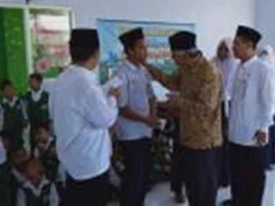 Santunan Hari Asyura di YPSNU Jombang