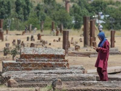Salah Kaprah soal Istilah Makam dan Kuburan
