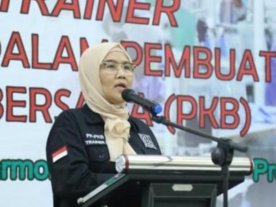 Kemnaker Beri Pelatihan Pembuatan Perjanjian Kerja Bersama di Bogor