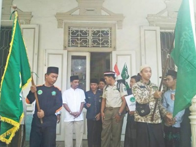 Sambut Hari Santri, Kader IPNU Surabaya Jalan Kaki Menuju PBNU