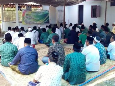 Aneka Kegiatan Hari Santri di Ngawi Ditutup Penampilan Veve Zulfikar