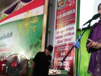 Puncak Hari Santri, Gubernur Jatim Ajak Mengheningkan Cipta