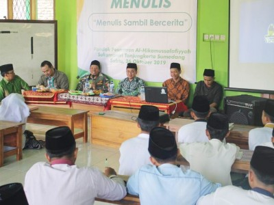 Pesantren Al-Hikamussalafiyyah Sumedang Cetak Santri Melek Literasi Digital