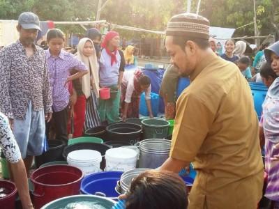 Imbas Kemarau, LAZISNU Cirebon Gandeng LPBINU Kirim Air Bersih