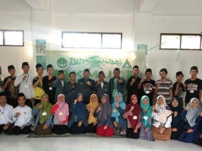 Pelajar NU Kota Cirebon Latih Kader dengan Terjun Langsung di Masyarakat