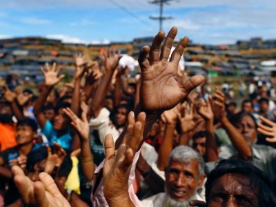 PBB Tak Setuju Pengungsi Rohingya Dipindah ke Pulau Rawan Banjir