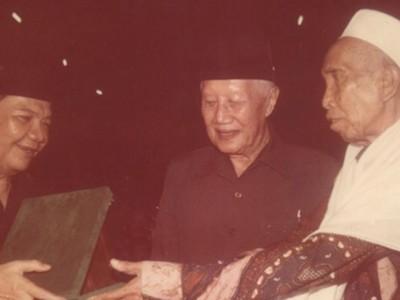 Perjalanan Ditetapkannya KH Masjkur sebagai Pahlawan Nasional