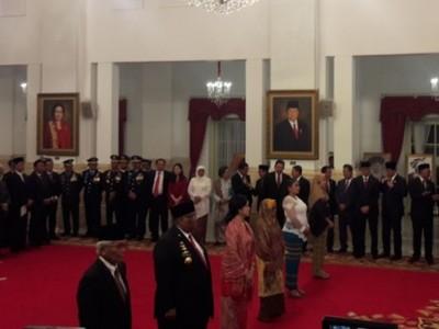 Tokoh-tokoh yang Dianugerahi Gelar PahlawanNasional Selain KH Masjkur