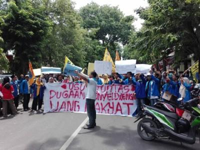 Gelar Aksi Turun Jalan, PMII Bojonegoro Kritisi Pengelolaan APBD