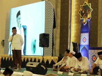 KH Marzuki Mustamar Ingatkan Anak Muda Jaga Shalat