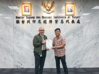 Kader PMII Peraih Emas Kunjungi Kantor Dagang Ekonomi Indonesia di Taiwan
