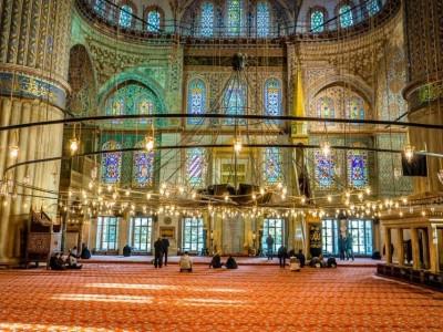Hukum Menghias Masjid menurut Mazhab Hanbali